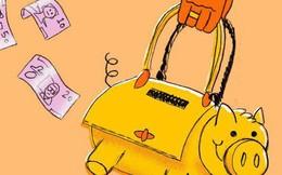 Lương tháng 14 triệu, mua túi xách 70 triệu: Làm việc vất vả, tự thưởng hàng hiệu cho mình thì có gì là sai?