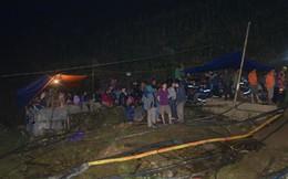 Từ hiện trường cứu hộ người đàn ông mắc kẹt dưới hang ở Lào Cai: Có mùi tử khí phát ra