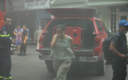 Cháy khách sạn trong phố cổ, du khách hoảng loạn tìm cách thoát thân