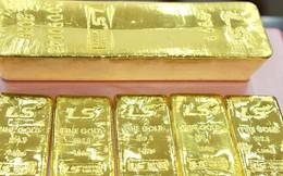 Giá vàng khép lại tháng tăng cao nhất trong 3 năm
