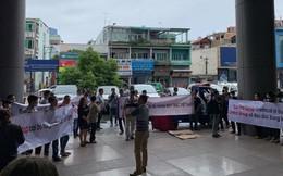 Loạt nhà cung ứng phản đối Central Group vì ngưng nhập hàng may mặc Việt