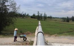 Ảnh: Cây cầu 36 tỷ không có đường dẫn nằm phơi mưa nắng ở Hà Tĩnh