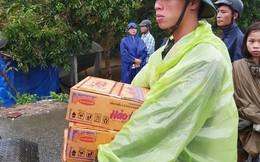 CLIP: Đảo ngọc Phú Quốc ngập lụt chưa từng thấy