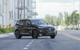 Tranh cãi VinFast không tăng giá xe: Người dùng mừng thầm, dân buôn hụt hẫng