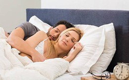 """Nguy cơ nhồi máu cơ tim nhân đôi vì kiểu ngủ """"sung sướng"""" này"""