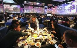 Thương chiến hay kinh tế giảm tốc cũng không thể ngăn nổi 'chiếc bụng đói' của giới trẻ Trung Quốc, ngành nhà hàng sẽ sớm chạm mốc nghìn tỷ USD?