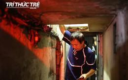 Cận cảnh căn nhà muốn thay quần áo phải nằm ra sàn ở phố cổ Hà Nội