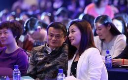"""Jack Ma: """"Đằng sau người đàn ông thành đạt luôn có một người phụ nữ mạnh mẽ. Riêng tôi lại có rất nhiều"""""""