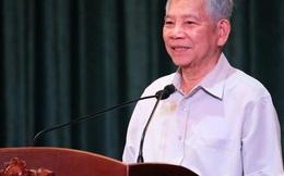 Nguyên Chủ tịch nước Nguyễn Minh Triết nói chuyện với thanh niên