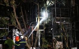 Cháy quán bar trong đêm, hơn 70 người hốt hoảng chạy thoát thân