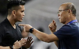 HLV Park Hang-seo và trợ lý phản ứng gay gắt với trọng tài sau tình huống U22 Việt Nam bị phạm lỗi đầy nguy hiểm
