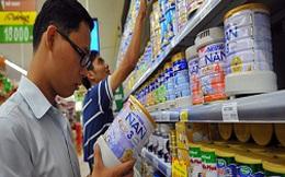 Giá sữa: hai bộ đổ cho nhau