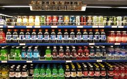 Người tiêu dùng nói gì khi nước ngọt có gas tăng giá?
