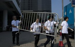 Hồng Kông bắt đầu dẹp các khu biểu tình