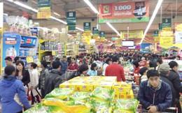 Sức mua sắm Tết tăng đột biến: 'Khách bỏ hàng chạy lấy người'