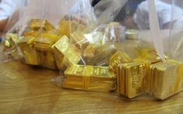 """Ngăn """"tiền bẩn"""" đổ vào gom vàng"""