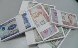 Hiếm tiền lẻ mới, nhiều nhân viên ngân hàng 'đánh quả'