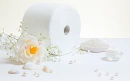 Vì sao giấy vệ sinh luôn có màu trắng?