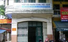 Hiệp hội Ngân hàng bị kiện ra tòa