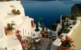 Ngắm thiên đường xanh tuyệt đẹp tại đảo Santorini