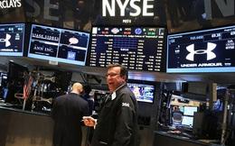 S&P 500 chạm ngưỡng 2.000 điểm lần đầu tiên trong lịch sử