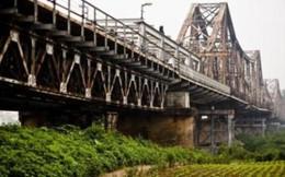 Vì sao phải xây cầu sắt song song cầu Long Biên?