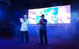 Chủ tịch FSoft Hoàng Nam Tiến... đọc rap báo cáo thành tích 2013