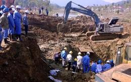 """Đường ống nước sạch Sông Đà vỡ lần thứ 8: 70.000 hộ dân """"chịu trận"""" đến bao giờ?"""