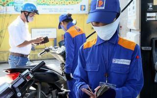 Giá xăng giảm sâu gần 1.500 đồng/lít từ 15h chiều nay