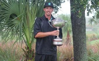 Nghi vấn caddie hành hung đối thủ để golfer nghiễm nhiên vô địch