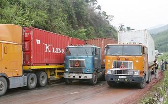 Giám đốc Lazada Express: Hạ tầng phục vụ dịch vụ chuyển phát yếu ở cả đường bộ, đường sắt và đường hàng không