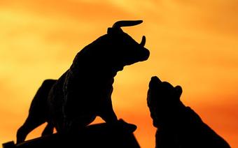 Hơn 300 mã giảm điểm trên toàn thị trường, cổ phiếu ngân hàng và ROS giúp VnIndex không giảm sâu