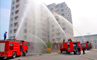 """Cảnh sát PCCC Hà Nội công bố """"danh sách đen"""" hơn 60 tòa chung cư  vi phạm an toàn PCCC"""