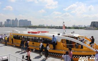 Dân Sài Gòn sẽ được đi buýt sông miễn phí trong 10 ngày đầu tiên