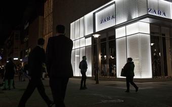 Làm ăn tốt, khiến đối thủ H&M lao đao nhưng ông chủ Zara lại vừa tuyên bố rao bán 16 cửa hàng tại chính quê hương Tây Ban Nha
