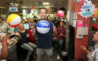 [Văn hóa doanh nghiệp] Vì sao từ sếp đến nhân viên Zappos đều phải làm qua công việc của nhân viên trực điện thoại?