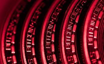 Trung Quốc tăng cường quản lý tiền số, thị trường tiếp tục chìm trong sắc đỏ