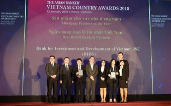 """Lượng khách hàng cá nhân vượt 10% dân số, BIDV trở thành """"Ngân hàng bán lẻ tốt nhất Việt Nam"""" 4 năm liên tiếp"""