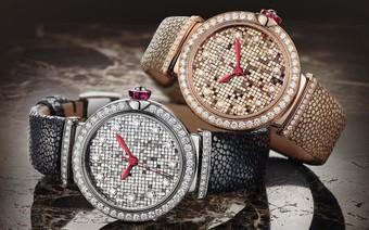 Chiêm ngưỡng mẫu đồng hồ cao cấp được chế tạo tinh xảo như một bức tranh khảm 700 miếng vàng 18k đầy nghệ thuật
