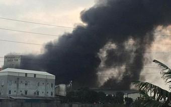 Cháy lớn kinh hoàng, khói bốc cao hàng chục mét tại Hải Dương