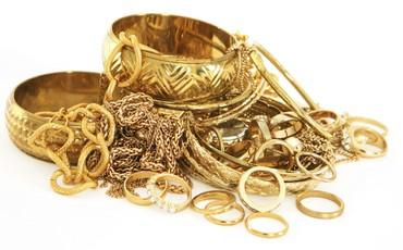 Cùng đi bán vàng, PNJ lãi gấp nhiều lần Doji và SJC cộng lại dù doanh thu chỉ bằng một góc nhỏ
