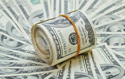 Chuyên gia: Hãy chấp nhận và tìm cách chung sống với đồng USD mạnh lên