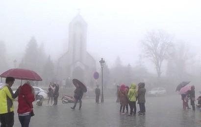 Rét đậm rét hại bao trùm miền Bắc, mưa lớn ở các tỉnh Trung Bộ