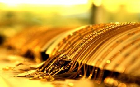 Giá vàng bất động