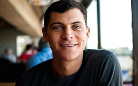 """Từ bỏ công việc """"ổn định nhưng nhàm chán"""", chàng trai này kiếm được hàng trăm nghìn đô mỗi tháng nhờ việc đi du lịch"""