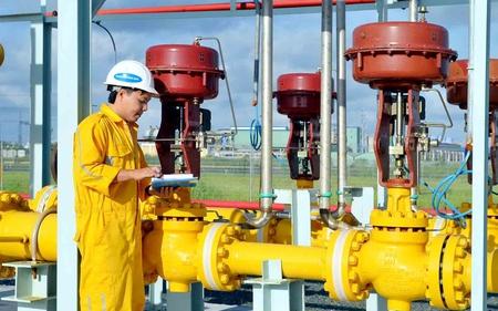 Giá dầu Brent tăng, GAS báo lãi 4.087 tỷ đồng 6 tháng, tiền mặt chiếm một nửa tài sản