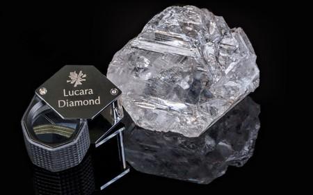 Viên kim cương lớn thứ 2 thế giới được bán với giá 53 triệu USD