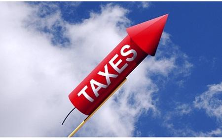 Dự kiến tăng thuế giá trị gia tăng: Tính toán kỹ để tránh tác động đến nhóm hàng hoá thiết yếu