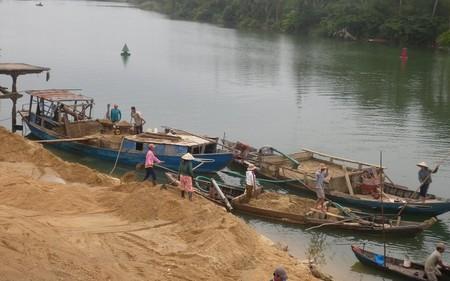 Phó thủ tướng chỉ đạo quản lý hoạt động khai thác cát sỏi
