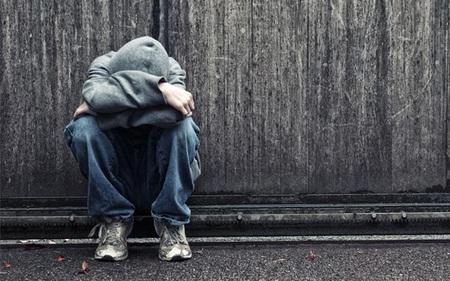 Tuổi trẻ và bệnh 'phó mặc cho số phận': Đã đến lúc phải đứng lên để quyết định cuộc đời mình?